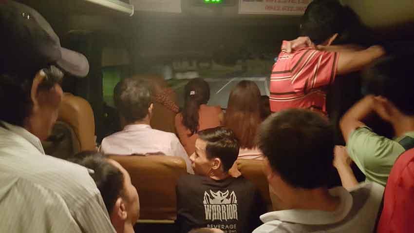 Bus de Vieng Xai a Vietnam