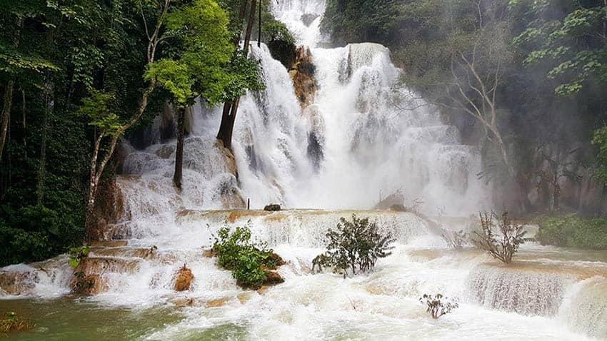 cascadas que ver en luang prabang